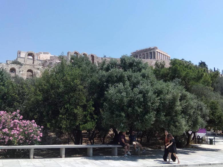 View of the Acropolis while walking down Dionisiou Areopagitou. Image by Elisabeth.