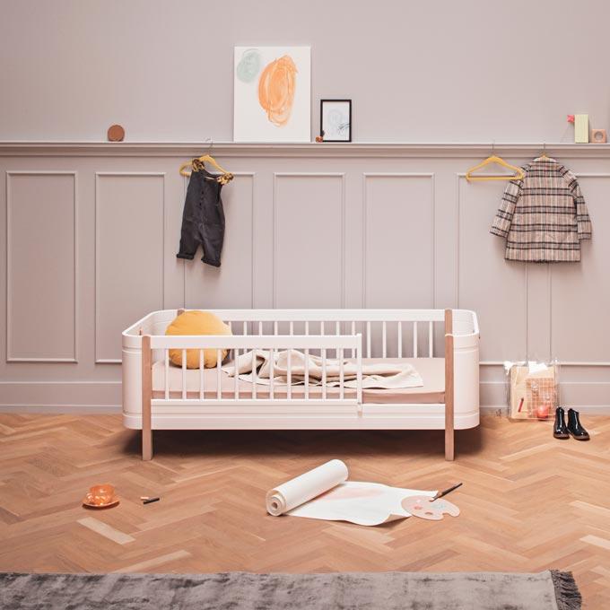 A grey painted nursery room. Image by Cuckooland.
