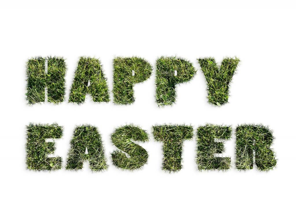 "A grassy ""Happy Easter"" sign"