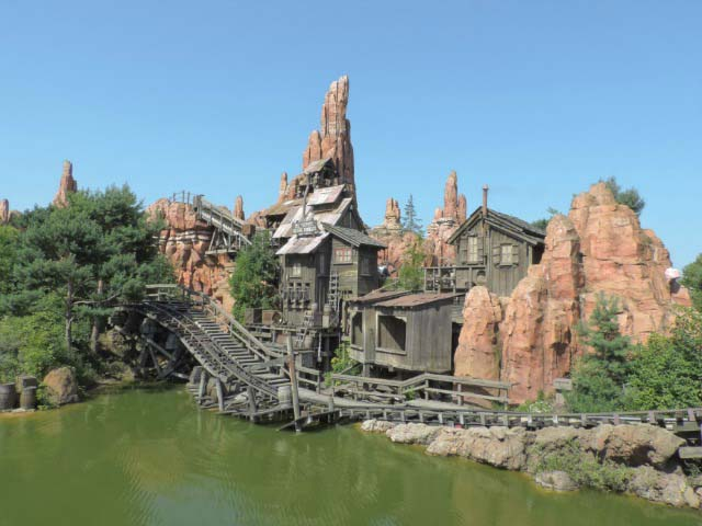 View of the Frontierland' rollercoaster.