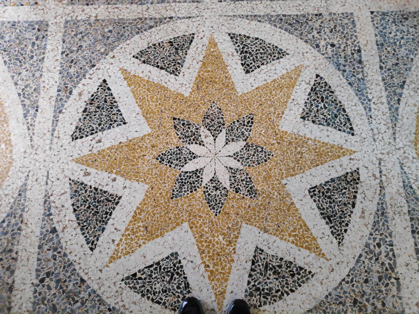 A star pattern terrazzo floor in a villa by Lake Como. Image by Velvet.