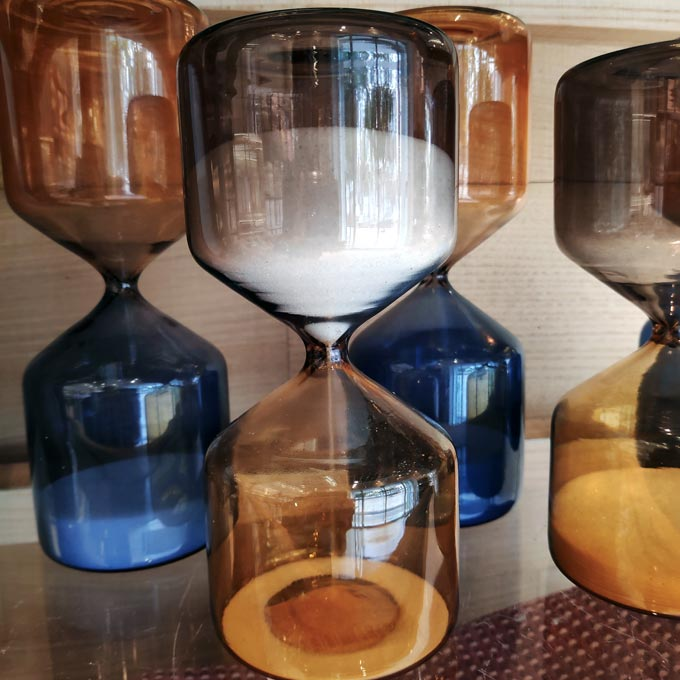 Hourglasses made of colored glass used as decor, from ZARA. Image by Velvet.