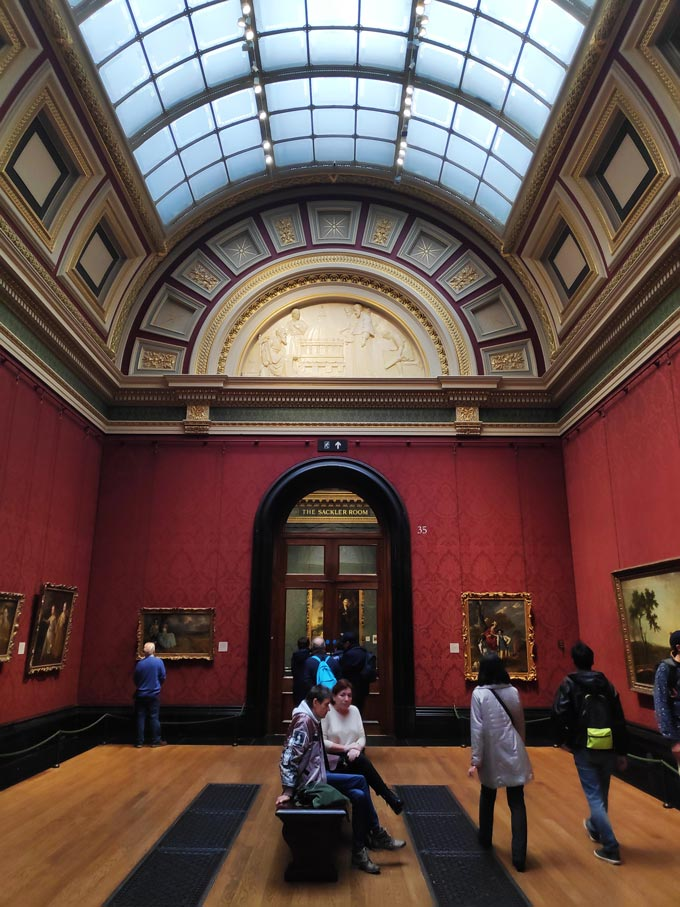 Inside one of the halls of the National Gallery in London.
