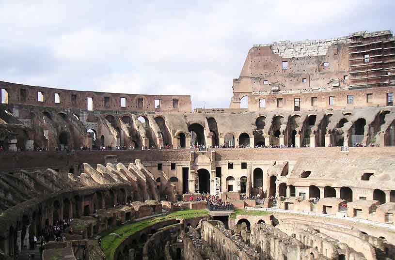 Inside view of the Colosseum. Image by Velvet for Te Esse.
