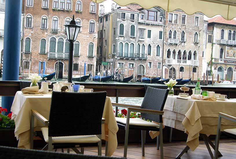 Breakfast with a view of the canal in Venice. How wonderful is that!