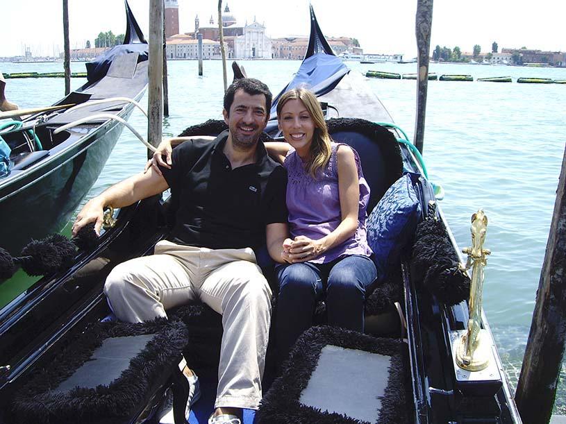 Elisabeth and John in a gondola in Venice.