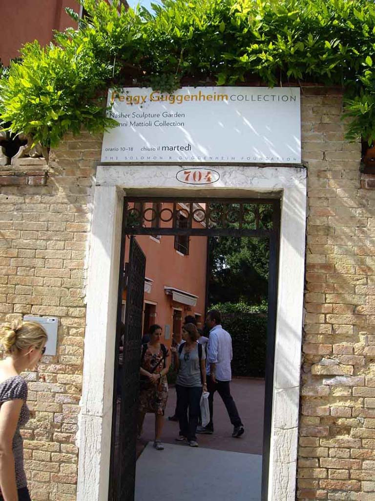 Entrance to the Peggy Guggenheim Collection museum.