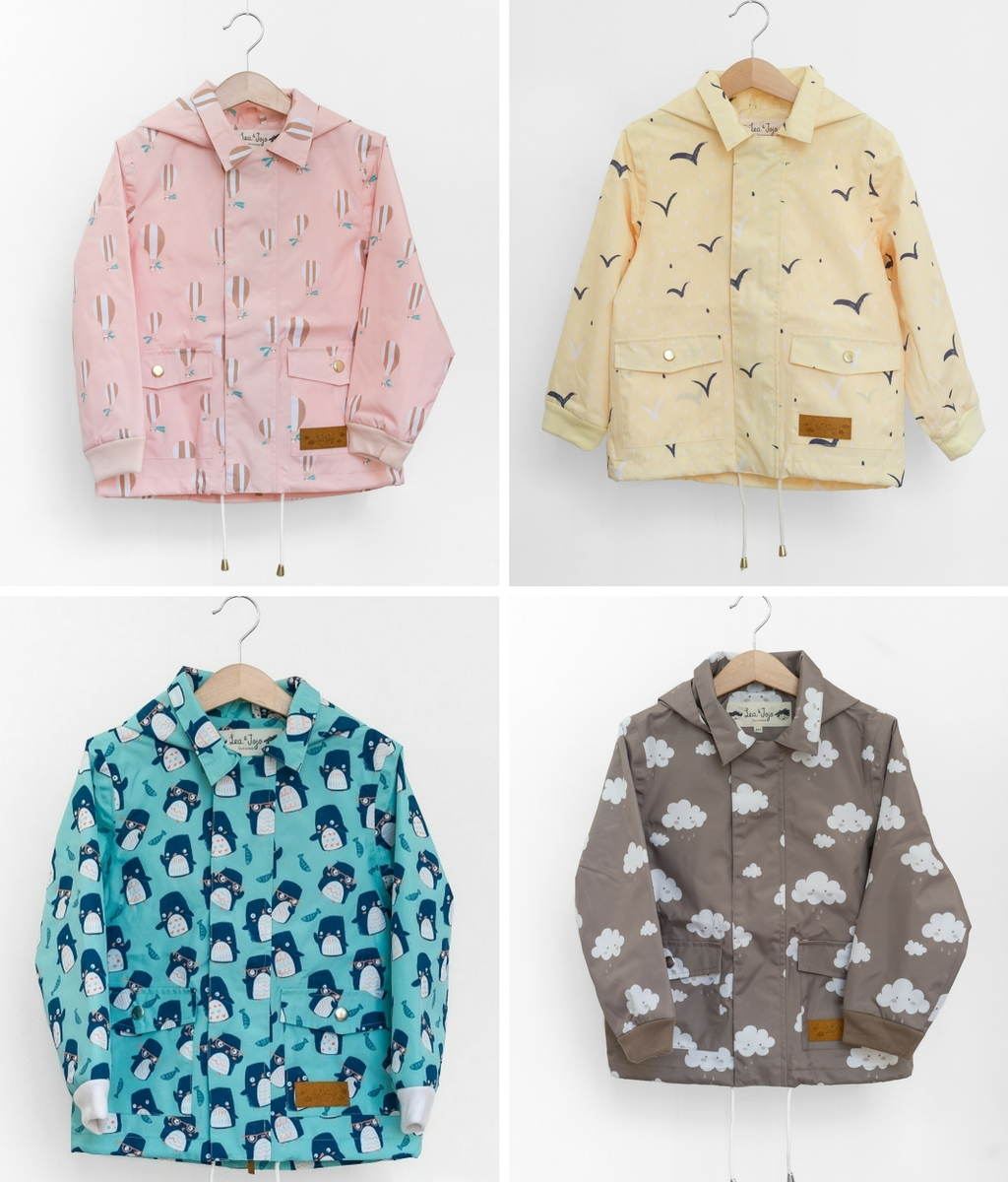 Four different raincoats in different colors by Lea&Jojo.