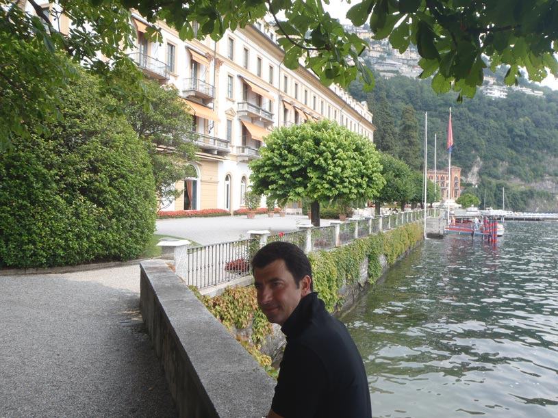 John, Elisabeth's husband by the Villa d' Este.