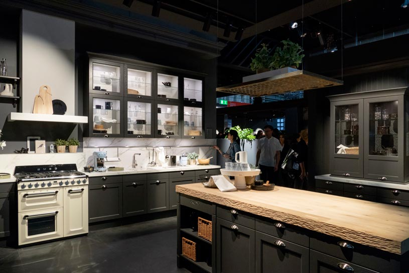 A beautiful moody kitchen installation by Haecker at the EuroCucina in Milan. Image by Saverio Lombardi Vallauri.