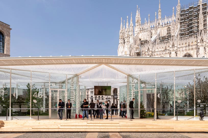 The pavilion for the Living in Nature project in front of the Duomo for the Salone del Mobile in Milan.