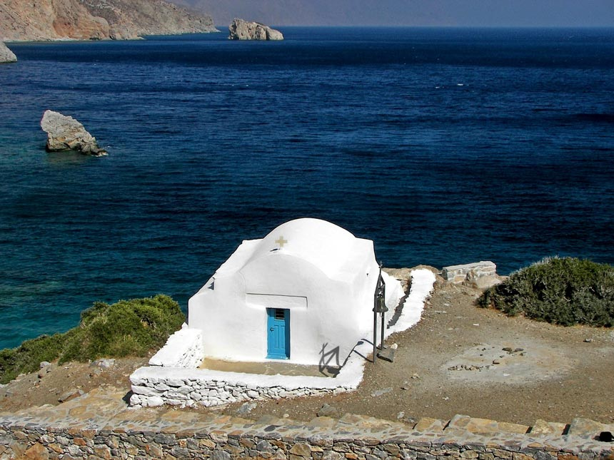 The chapel of Agia Anna in Amorgos (featured in Besson's movie).