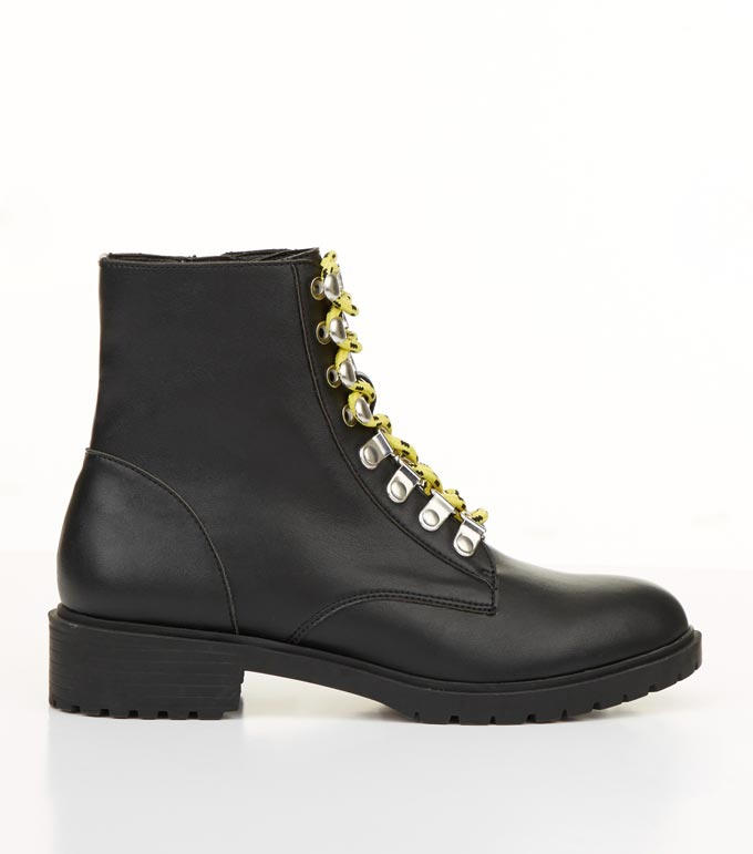 A combat black boot. Image by New Look.
