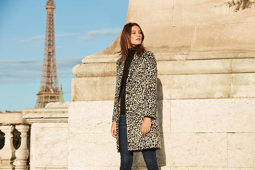 Parisian Chic Street Style :: Dressing Like a French Woman