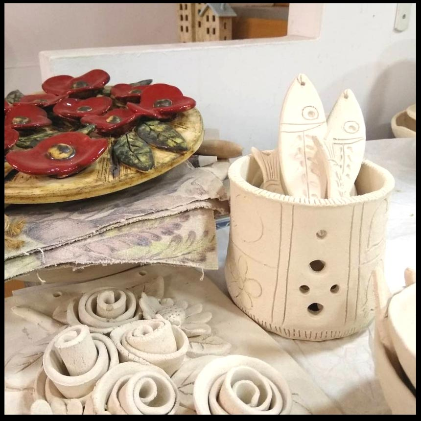 Handmade pottery by Maria Banou. Image by Velvet.