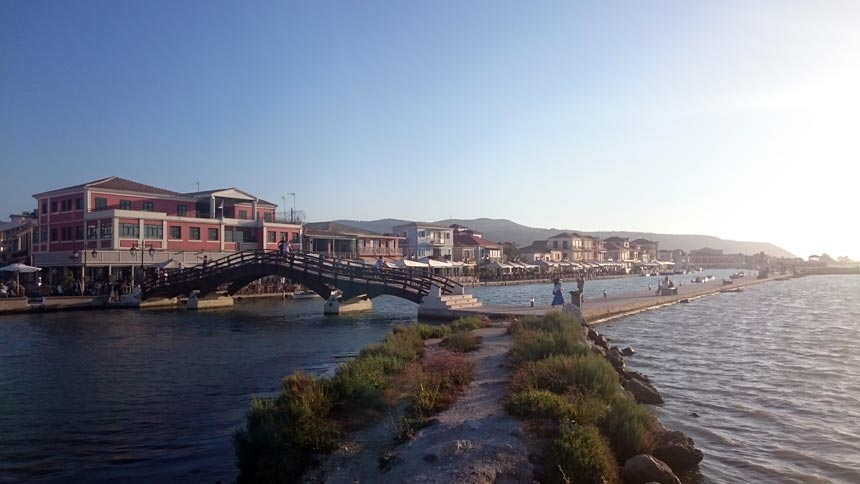 The footbridge and partial view of the Lefkada town.