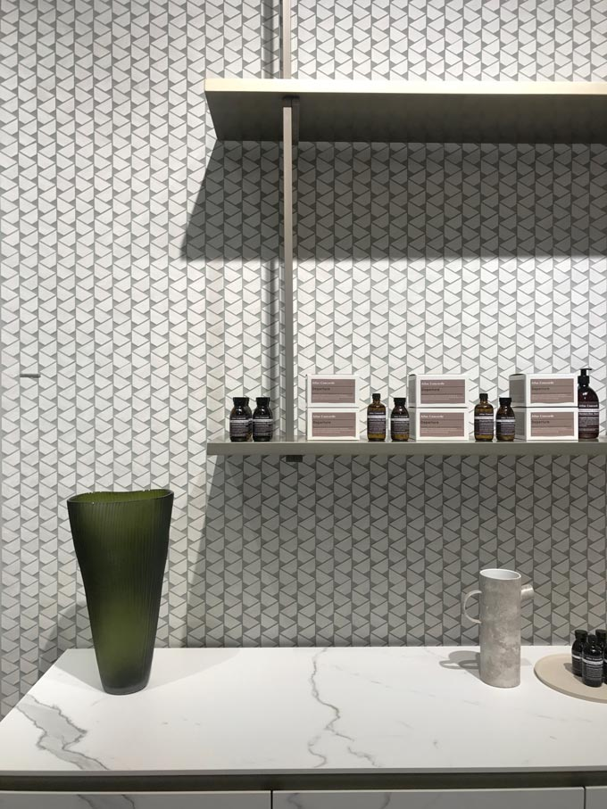 Detail view of tile installation at the booth of Atlas Concorde at Cersaie 2019.