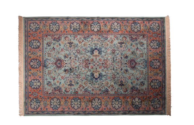 Antique style Persian rug. Image via Cuckooland.