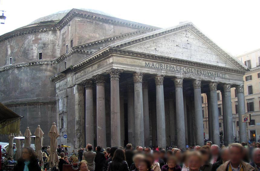 The Pantheon in Rome with a big crowd outside. One of the iconic buildings to see. Image by Velvet.