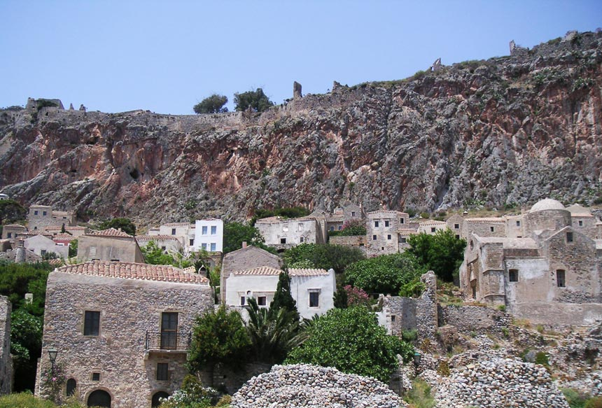 Looking up at the Upper Town of Monemvasia. Image by Velvet.